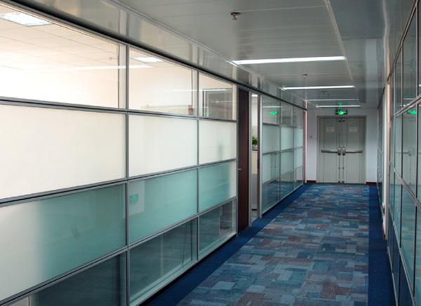 济南玻璃隔断规格
